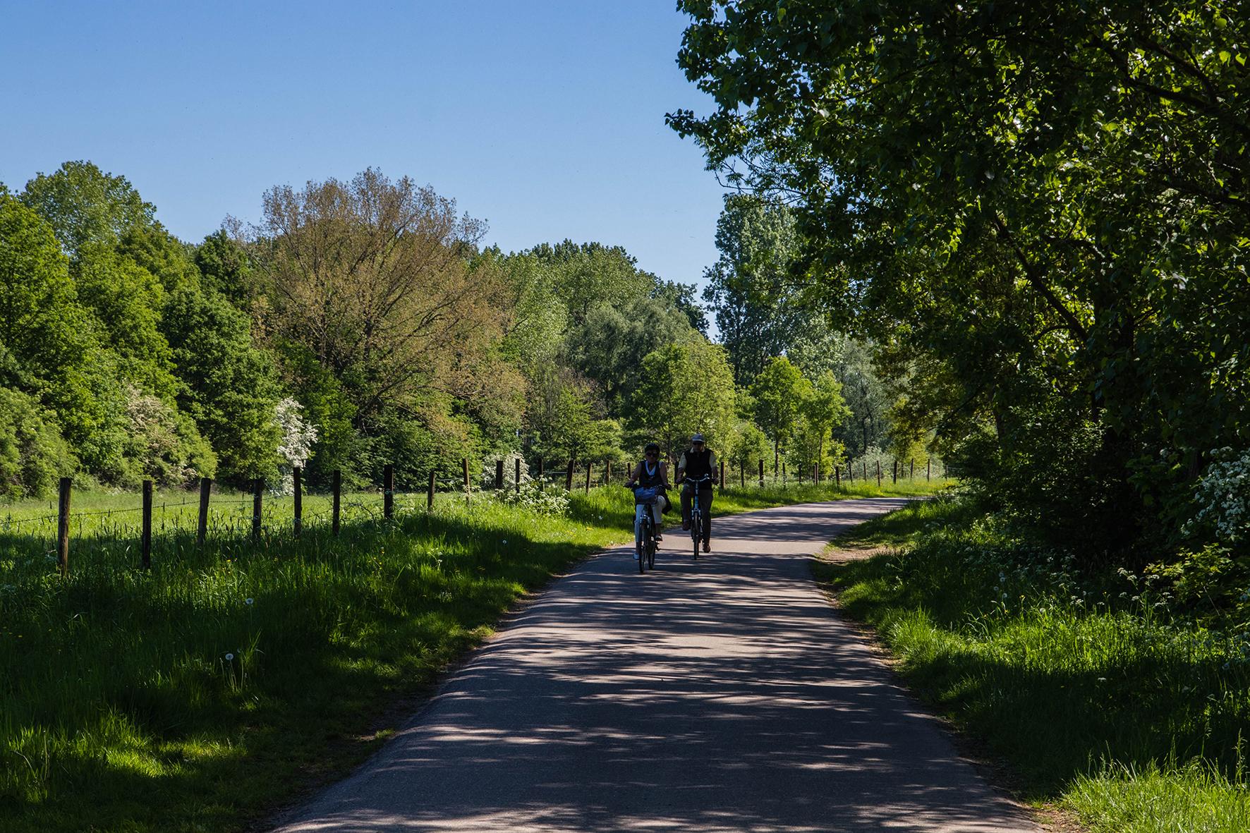 Blogwandeling Verwonderhoekje. Mei 2018. Wandeling Dilsen-Stokkem. Maasvallei.
